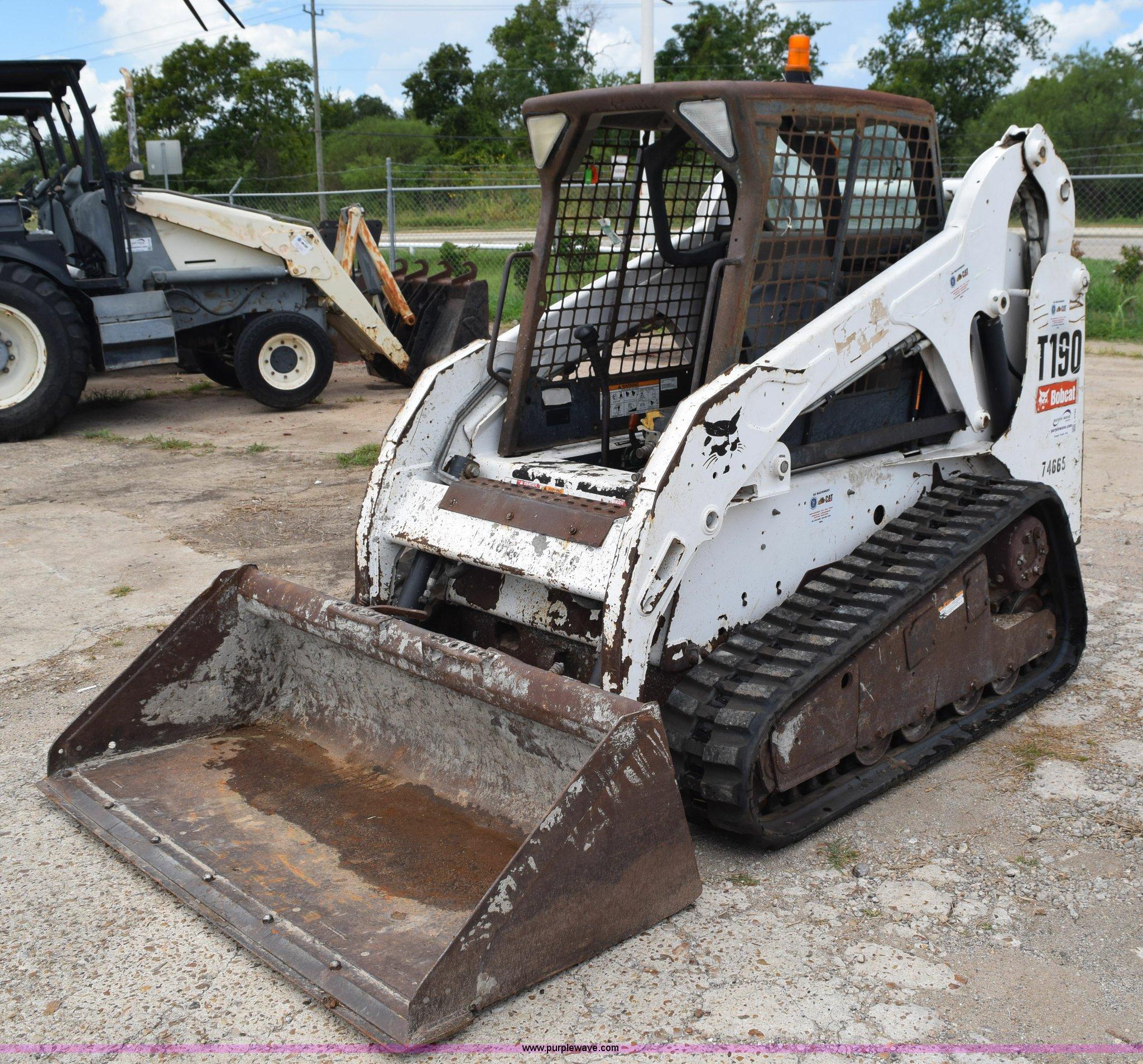 2007 Bobcat T190 Skid Steer Item L5785 Sold September 1