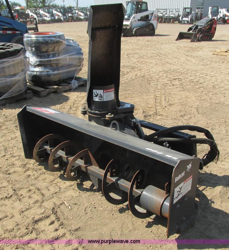 Bobcat SB200X66 snow blower | Item K6569 | SOLD! September 1