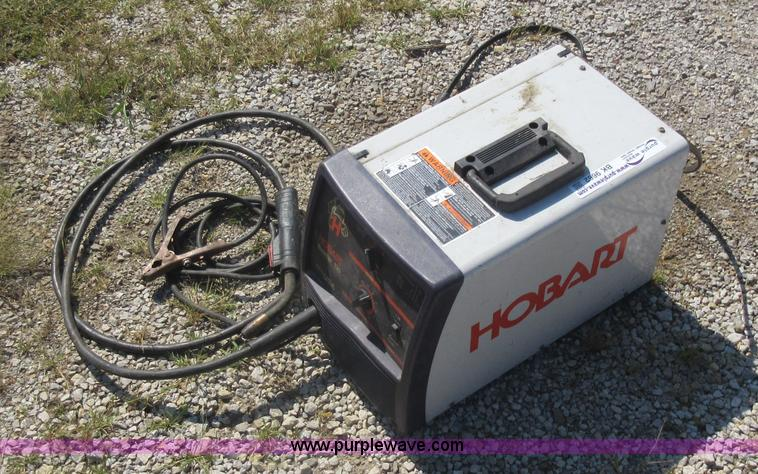 Hobart Handler 135 welder in Liberty, MO   Item BK9662 ...