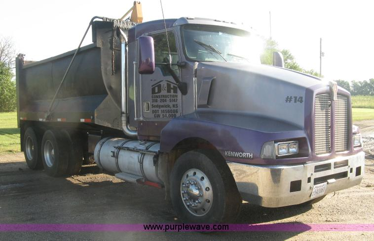 1995 Kenworth T600 dump truck | no-reserve auction on ...