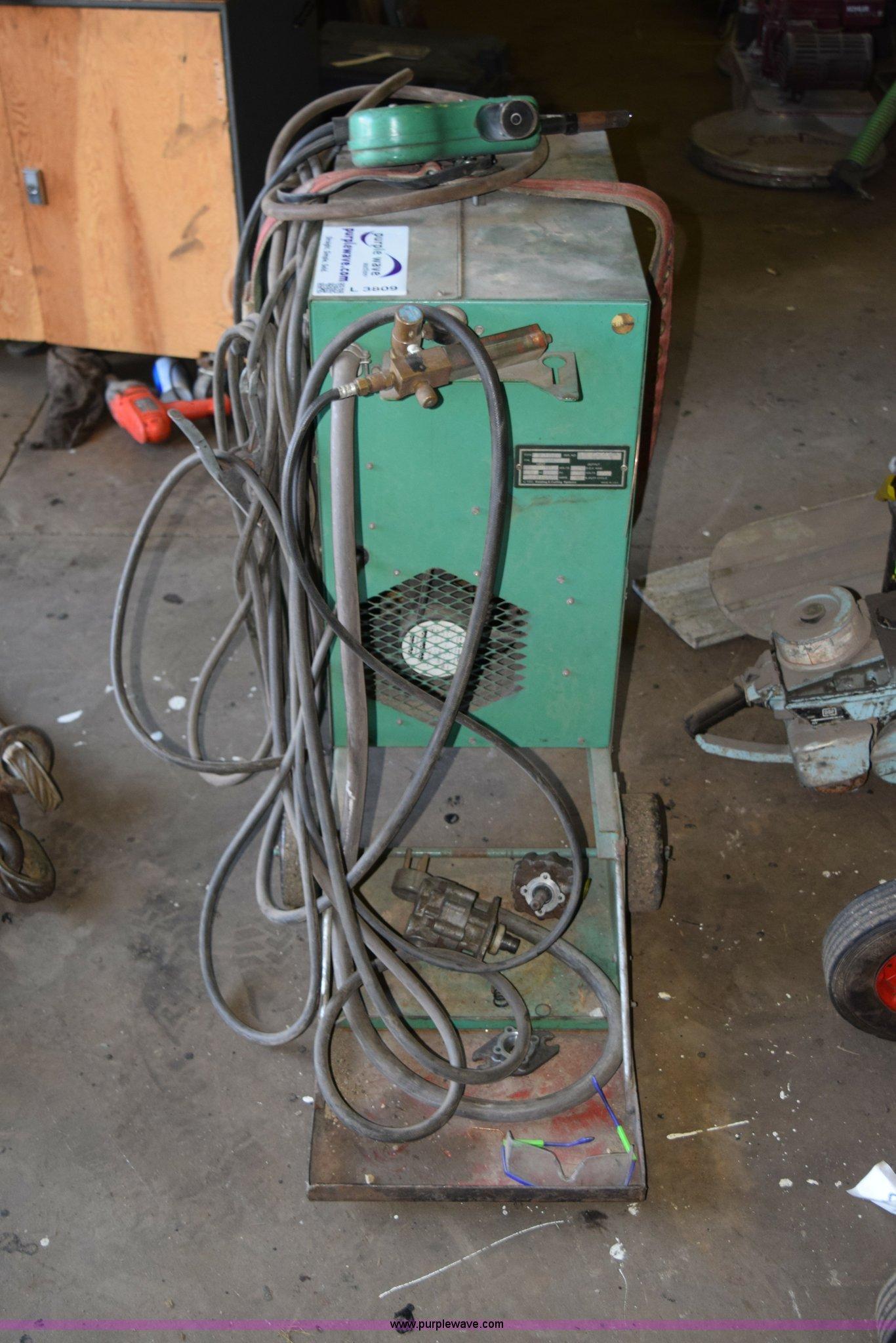 L Tec 225 Wire Welder Item L3809 10 15 2015