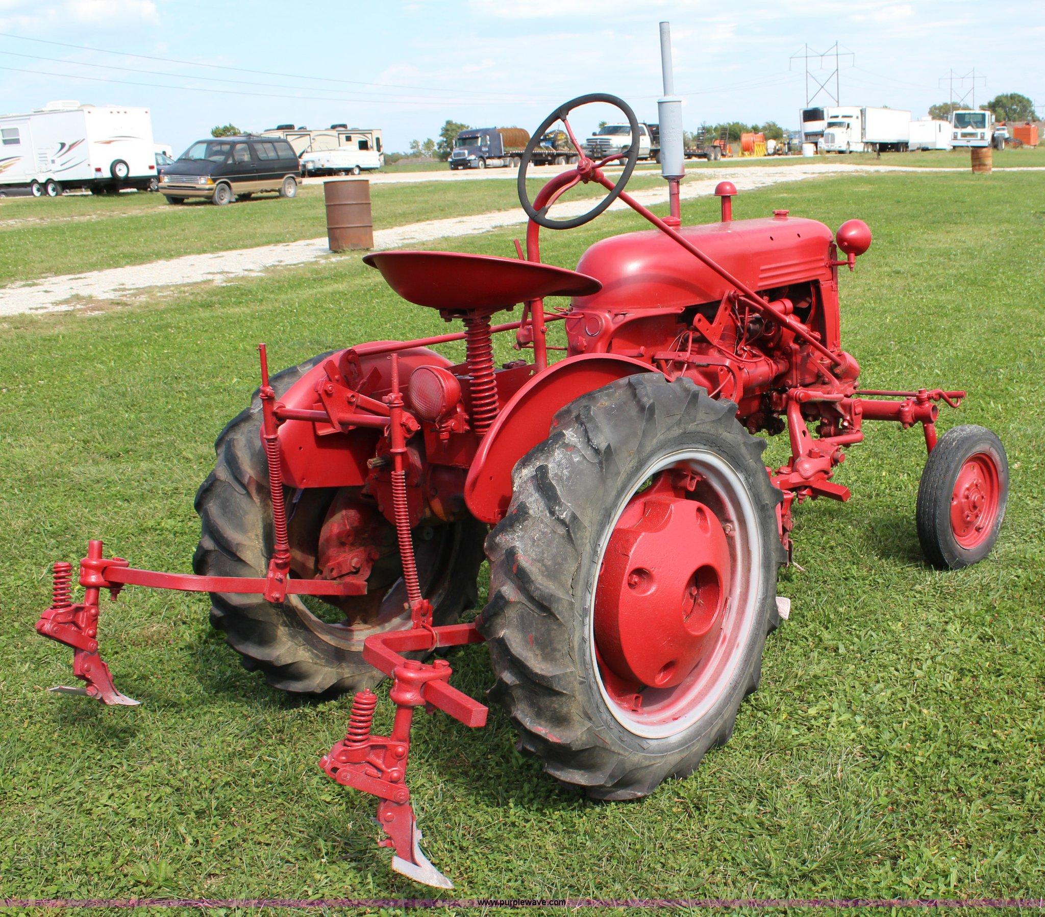 1947 Farmall Cub tractor in Spring Hill, KS | Item J3650 ...