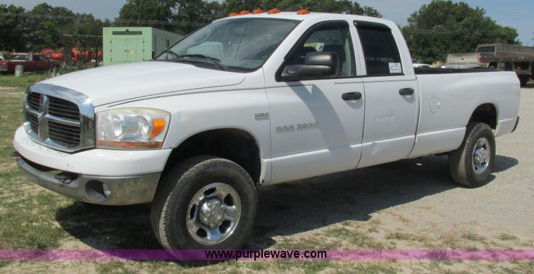 2006 Dodge Ram 2500 Quad Cab Pickup Truck Item L5261 Sol