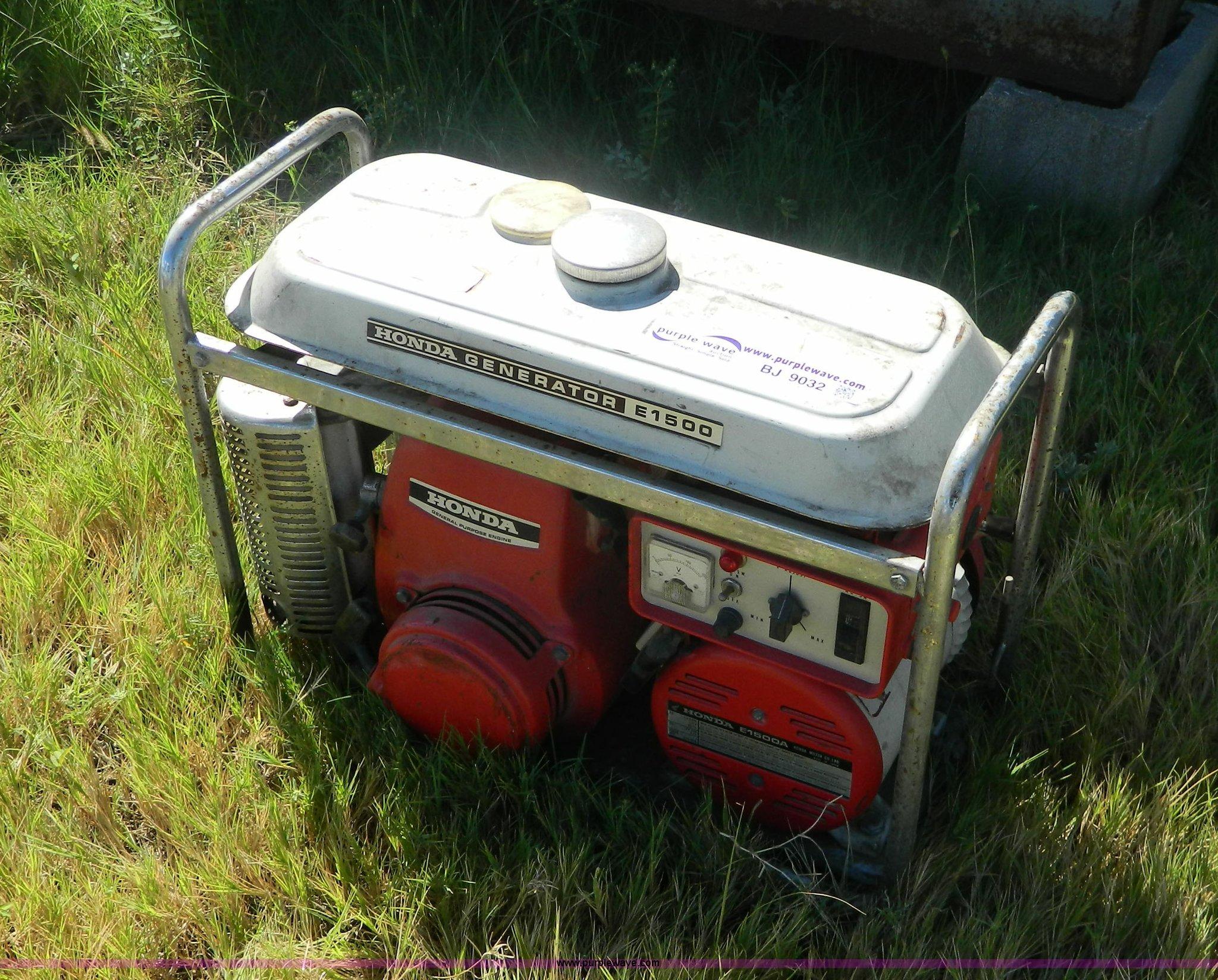 Honda E1500 generator Item BJ9032