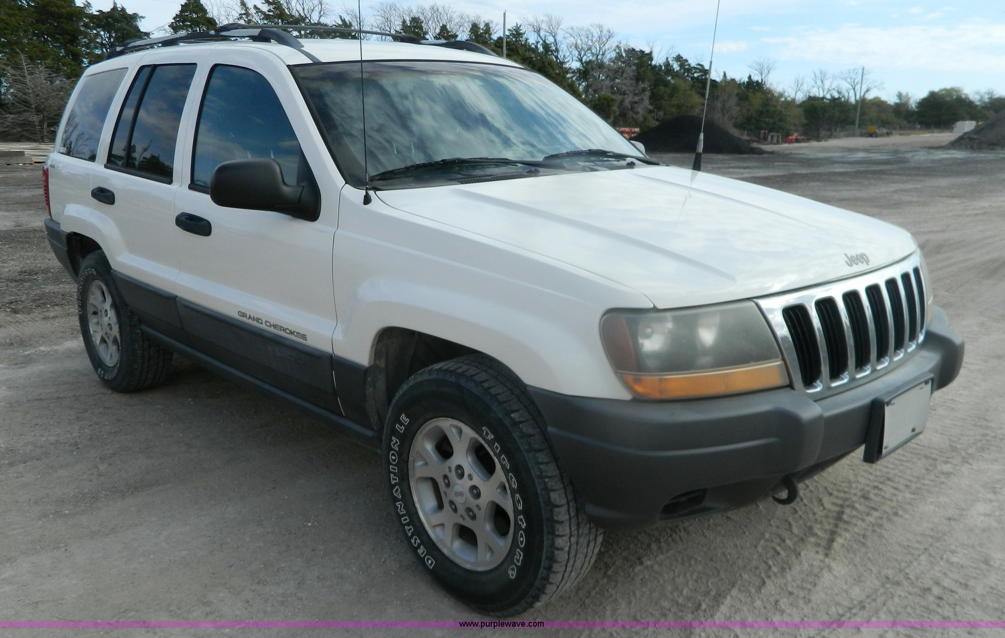 2001 Jeep Grand Cherokee Laredo Suv Item Bt9908 Sold No Fuel Filter Image For