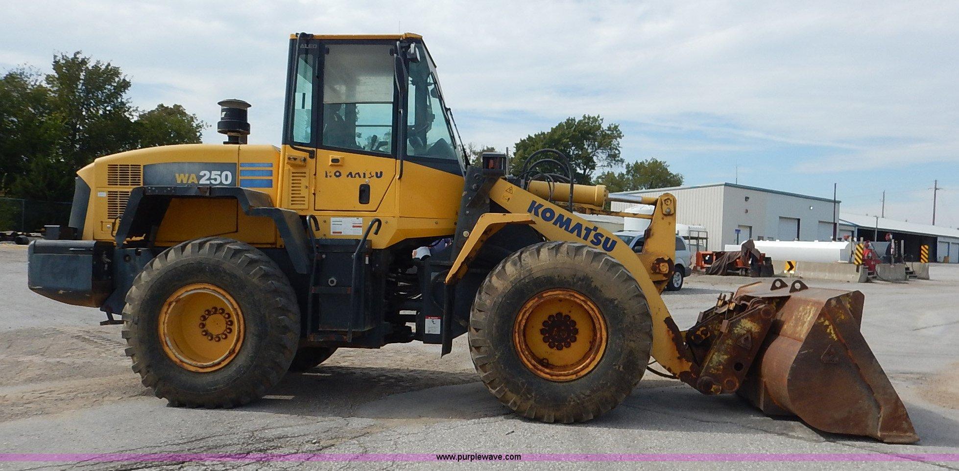 2004 Komatsu WA250-5L wheel loader   Item J6397   SOLD! Nove... on