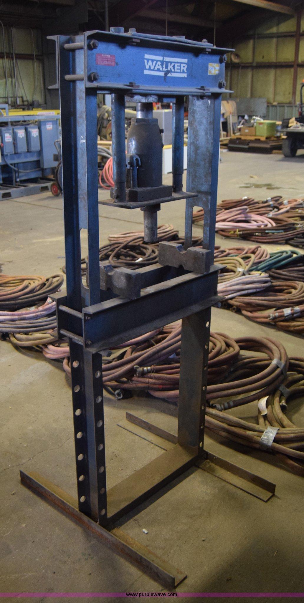 Walker 93618 hydraulic press | Item BL9951 | SOLD! November