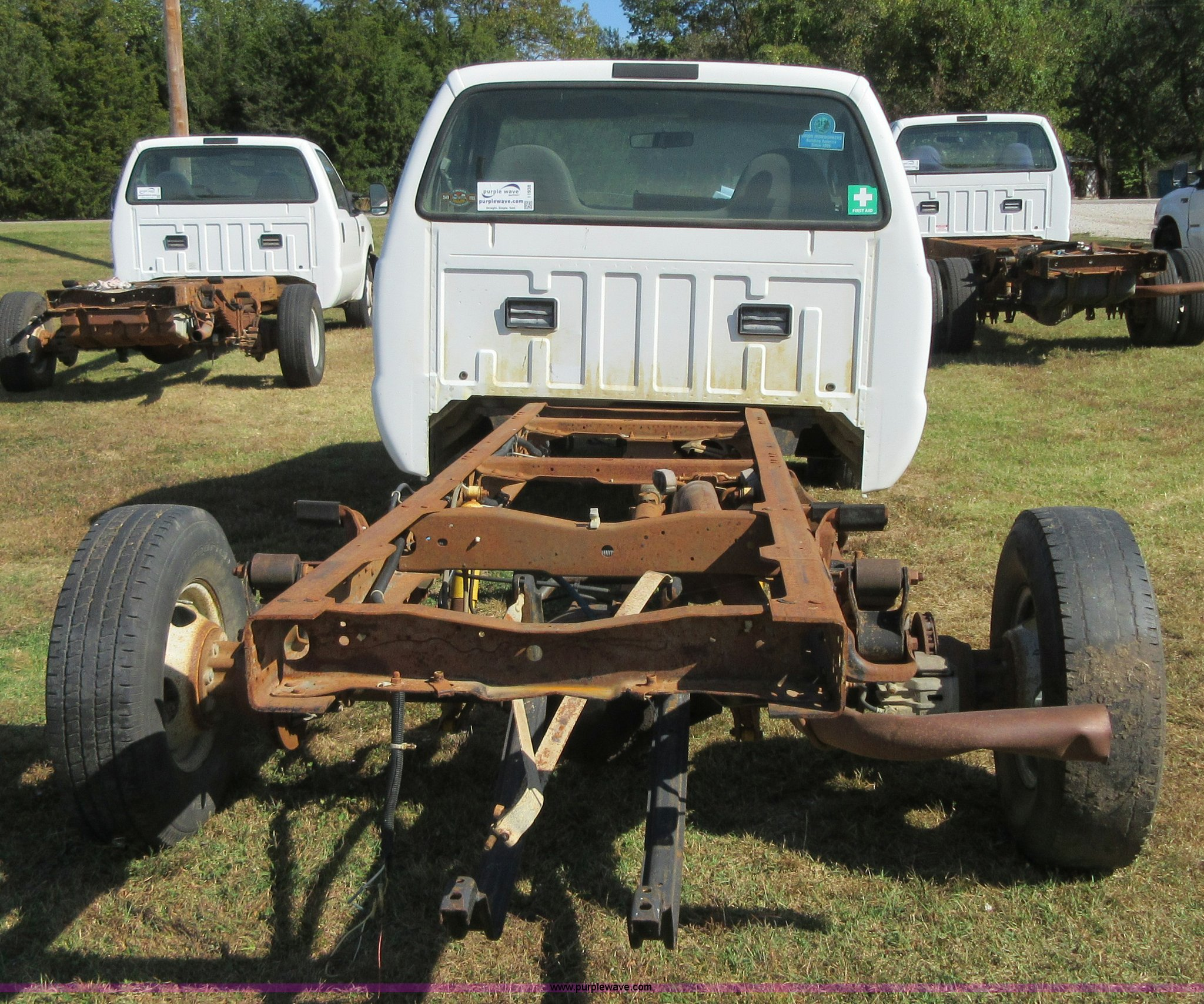 1999 Ford F350 Super Duty Pickup Truck Cab And Chassis