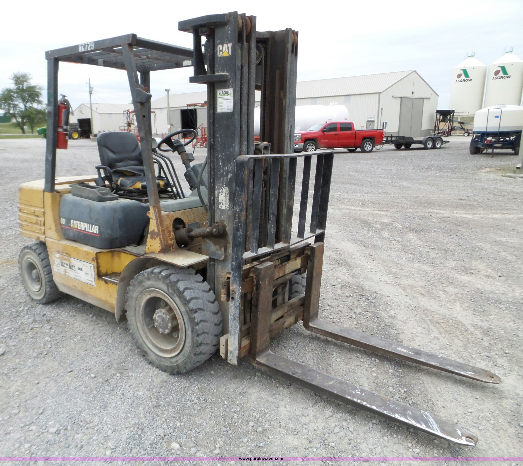 Caterpillar GP30 forklift | Item L5079 | SOLD! November 11 C