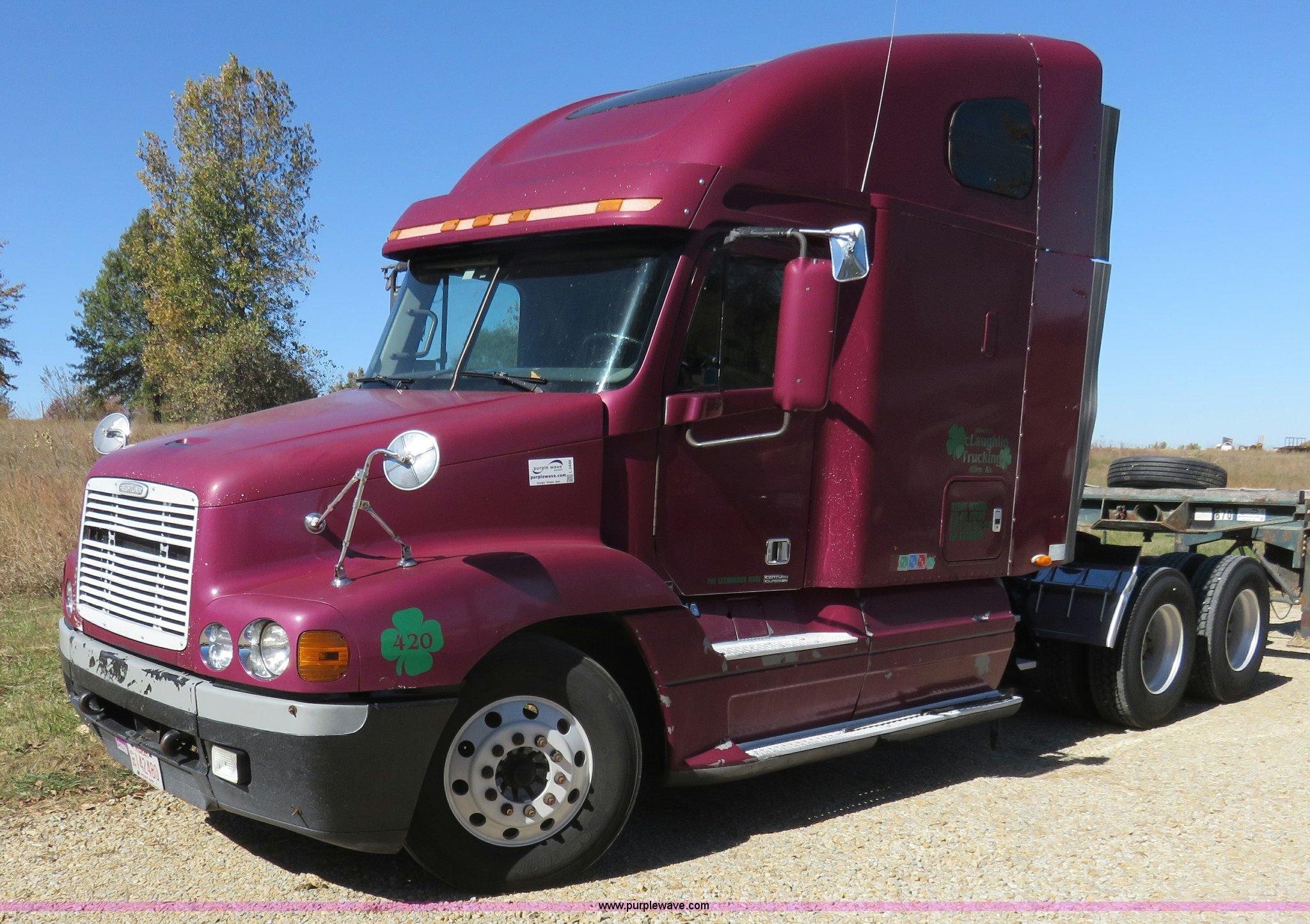 L2446 image for item L2446 1999 Freightliner Century Class ...