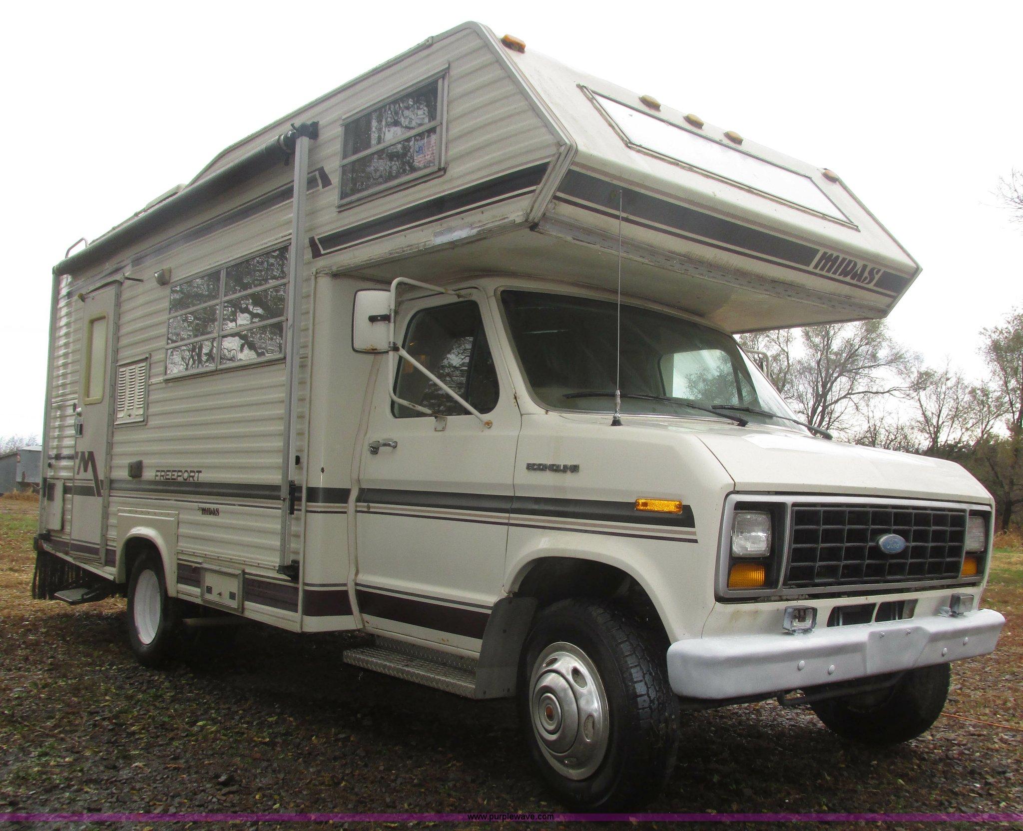 1983       Ford       Econoline    Coachmen FreePort    motorhome      Item