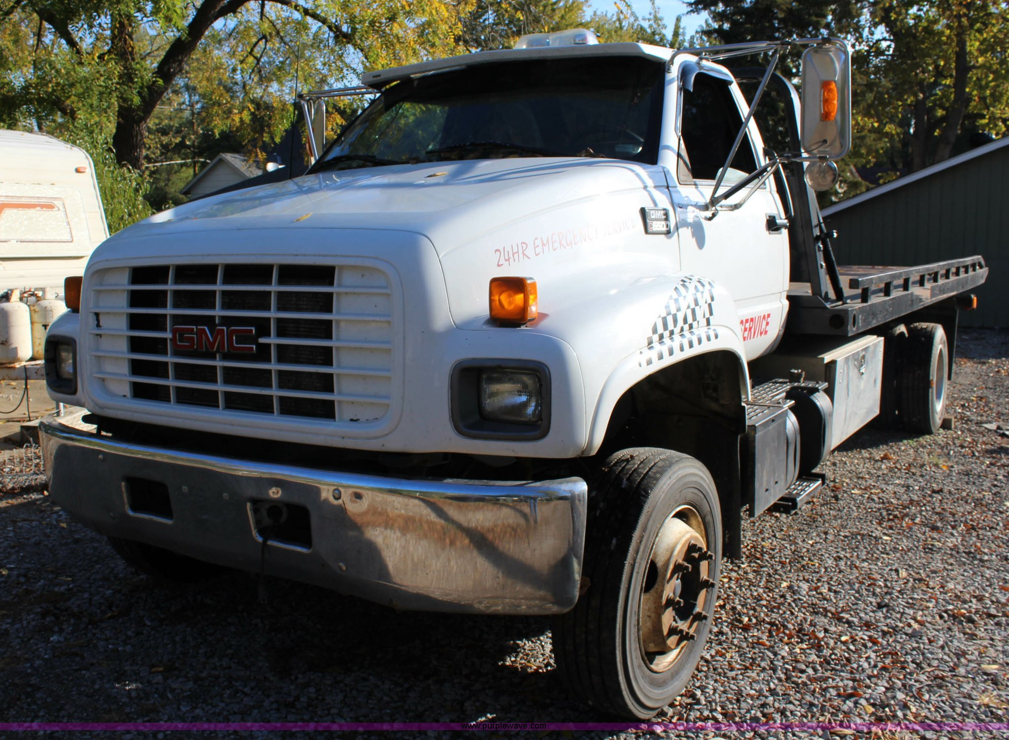 ... 1997 GMC C6500 rollback truck Full size in new window ...