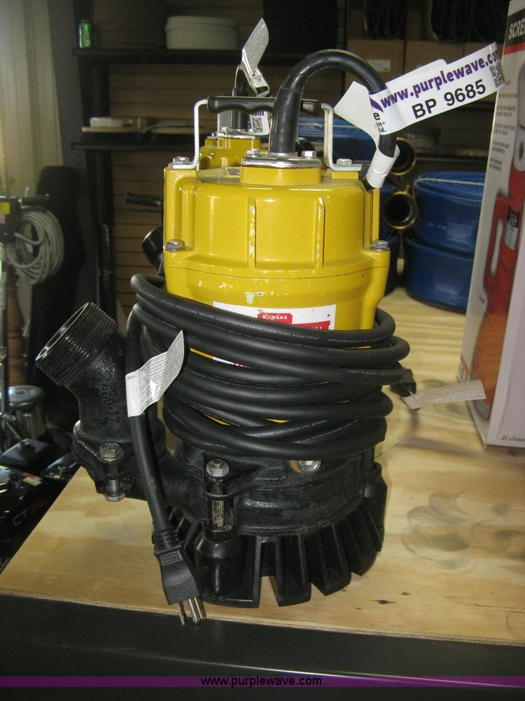 Wacker Neuson PST2-400 submersible pump | Item BP9685 | SOLD