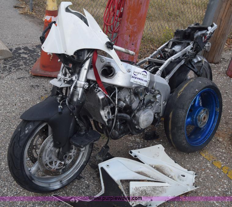 2005 Kawasaki ZX600-J motorcycle | Item K4930 | SOLD! Decemb