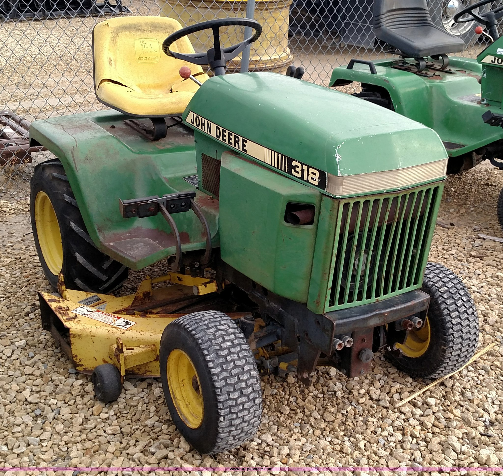 John Deere 318 >> John Deere 318 Lawn Mower Item Br9422 Sold December 29