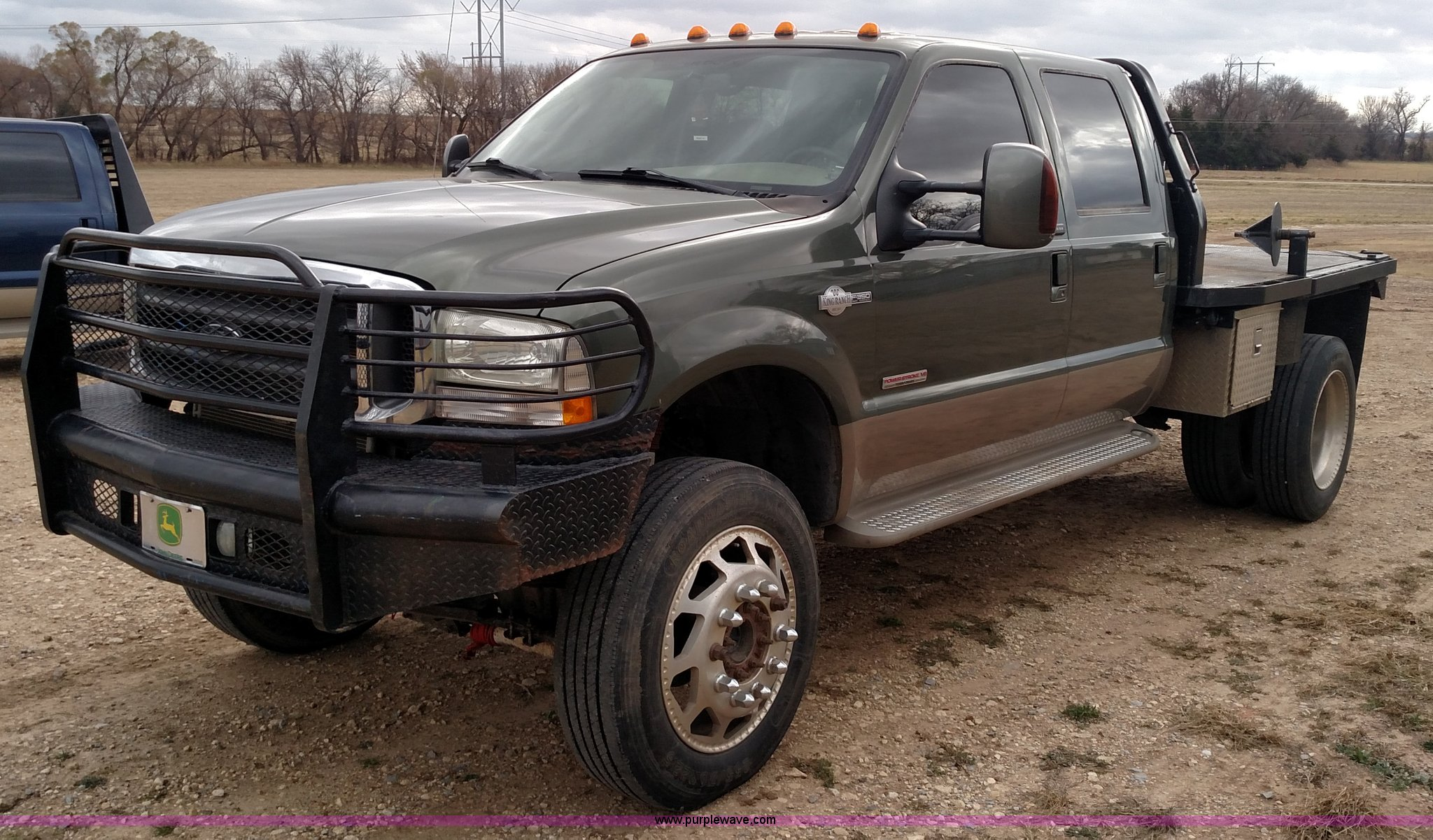 2004 Ford F350 Super Duty Lariat King Ranch Crew Cab flatbed