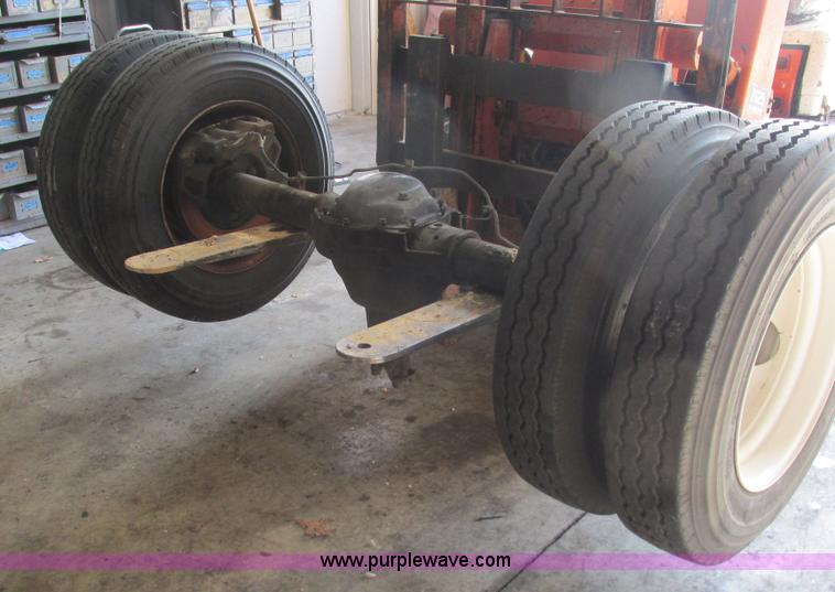 Dana Rear Axle Tractor : Tandem rear axle no reserve auction on wednesday