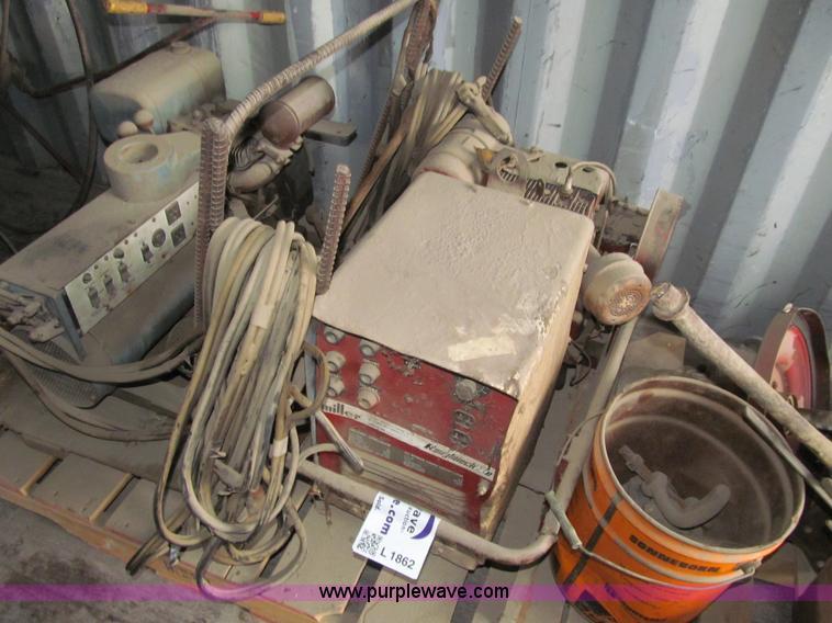 L1862 miller roughneck 1e power pack welder generator item l1862 Miller Roughneck 1E Parts at fashall.co