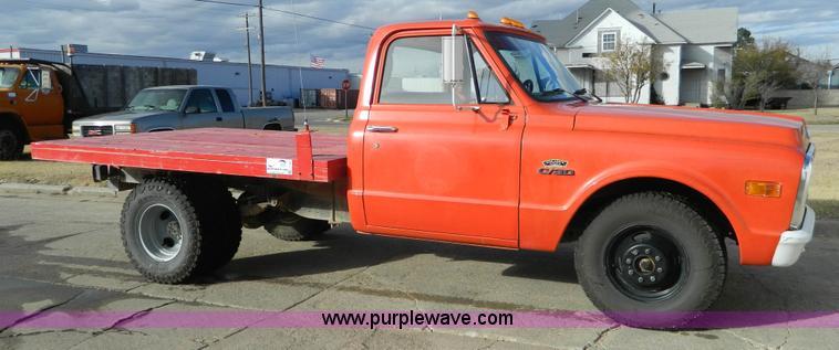 1969 Chevrolet C30 Flatbed Pickup Truck Item J5160