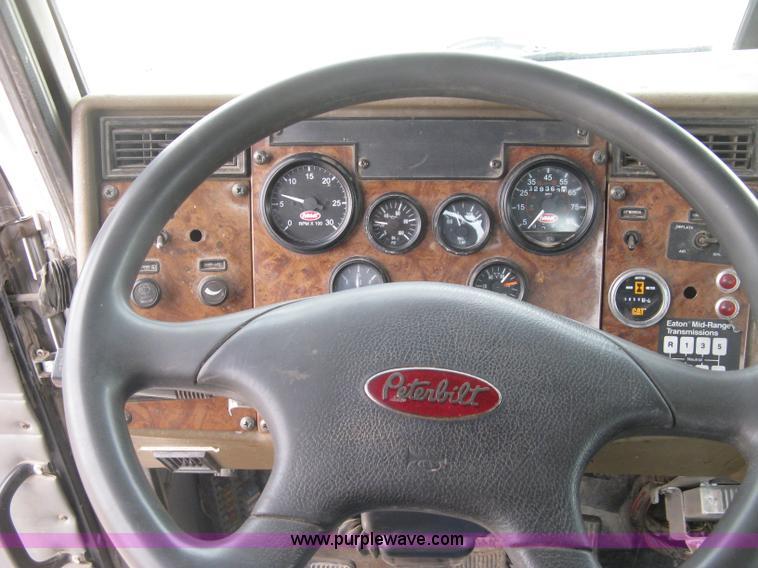 2001 Peterbilt 330 service truck | Item J2976 | SOLD! Januar