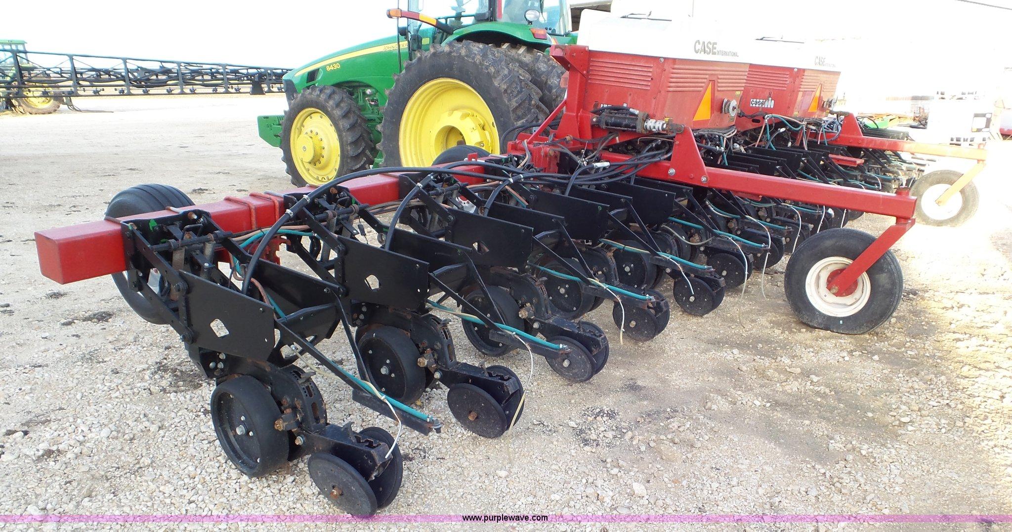 Case Ih 800 Planter Item J8371 Sold February 10 Ag Equi