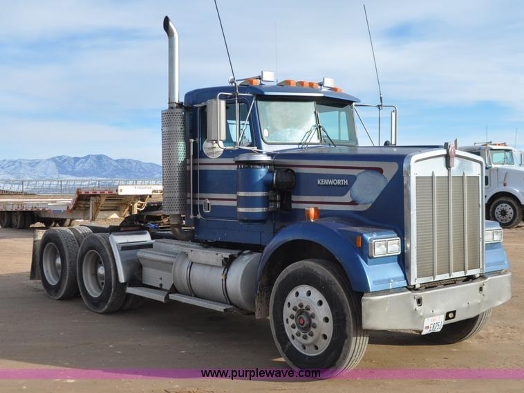 1990 kenworth w900 semi truck item g7157 sold. Black Bedroom Furniture Sets. Home Design Ideas