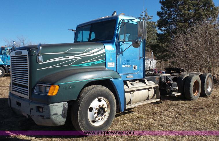 2006 Freightliner Century Fuse Panel Diagram Efcaviation Fl70 Box 1999 Fld 1995: Fuse Box Diagram Freightliner Century S T At Johnprice.co