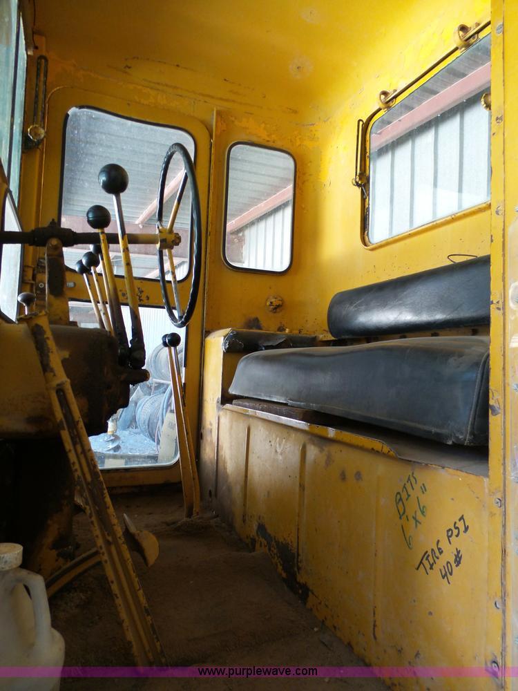 1949 Caterpillar 112 motor grader | Item J7320 | SOLD! Febru