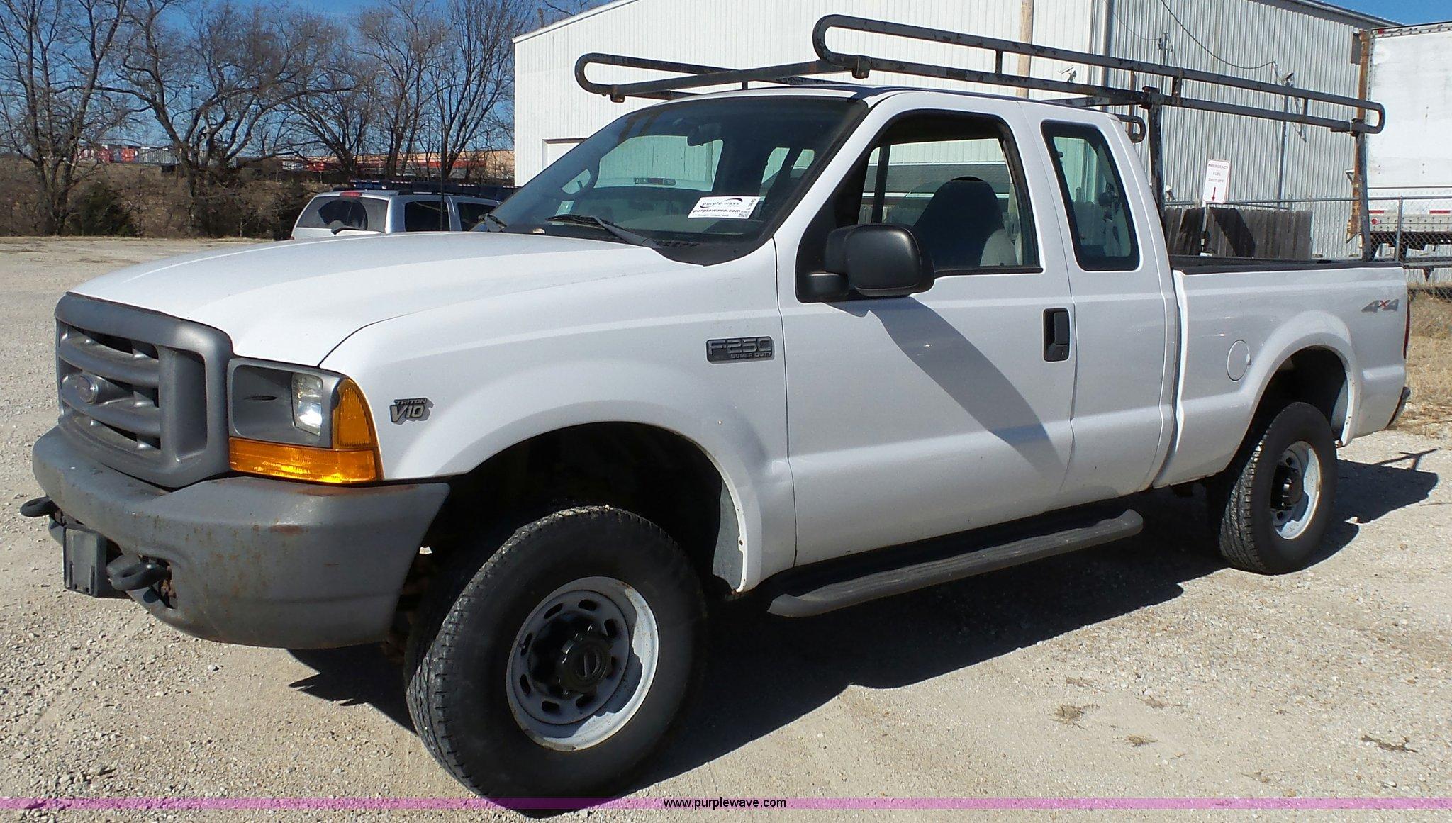 1999 Ford F250 Super Duty Xl Supercab Pickup Truck Item L3