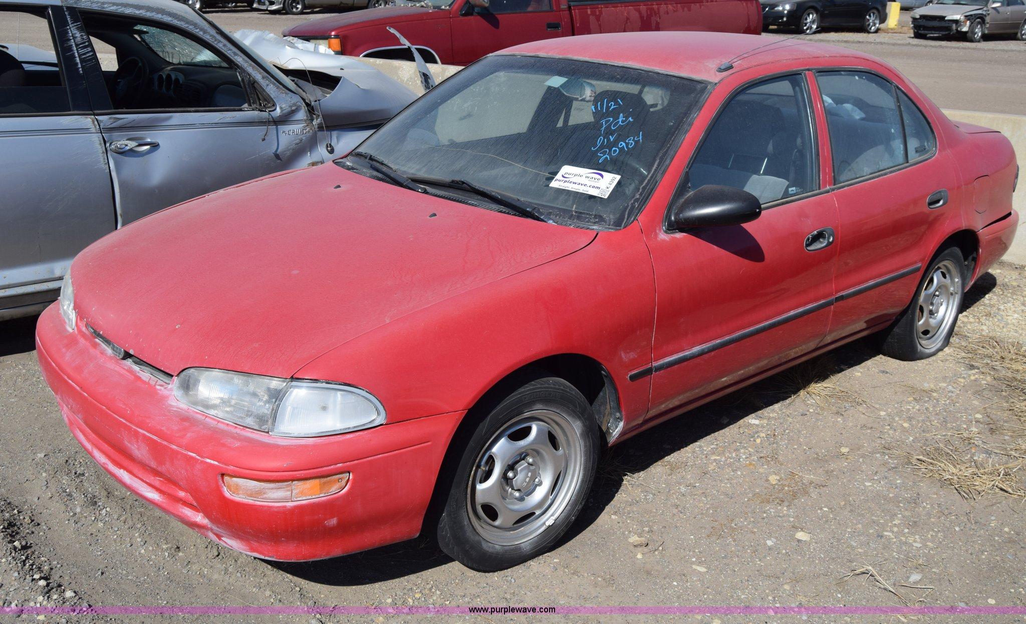 K4392 image for item K4392 1995 Geo Prizm