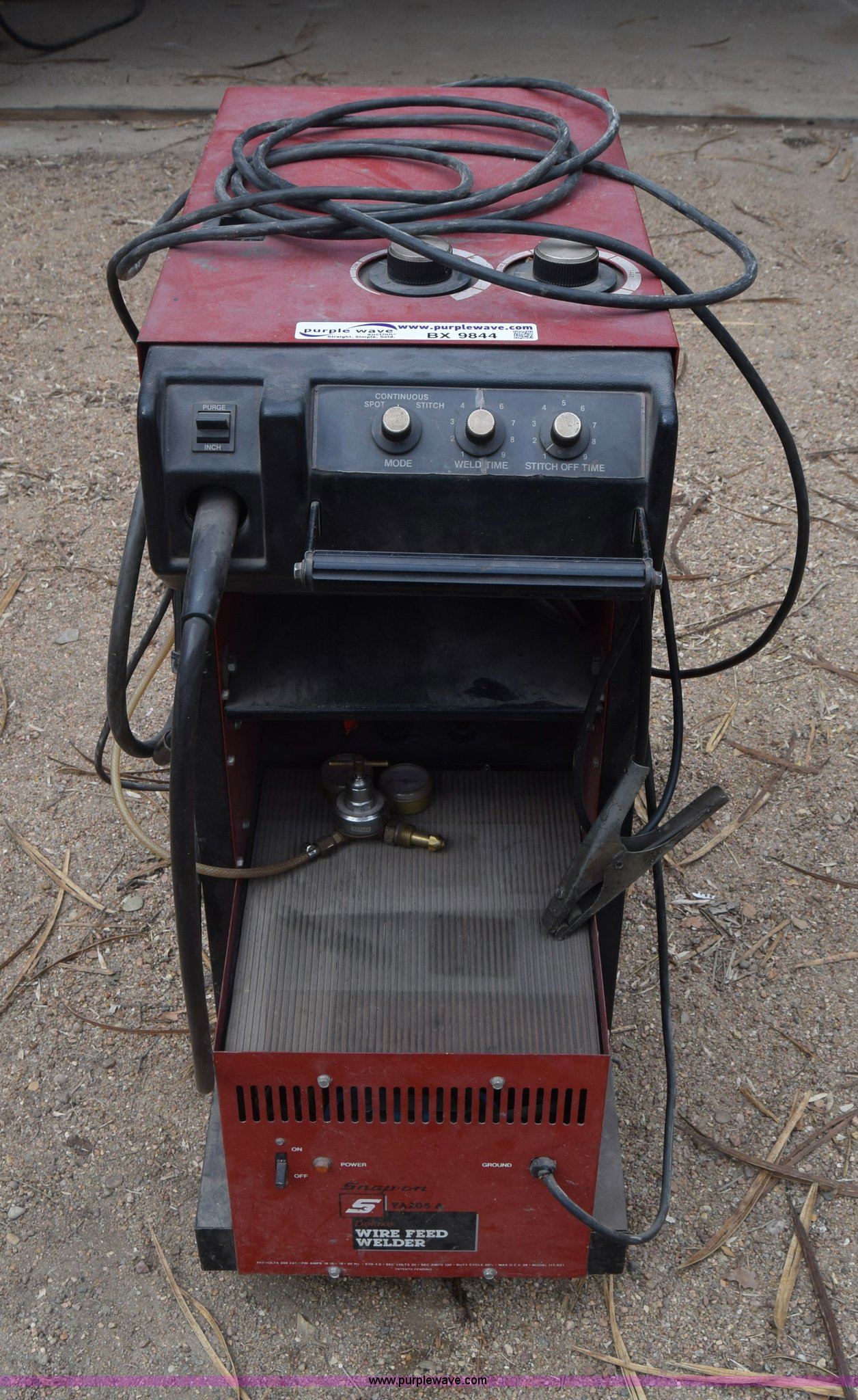 Mig Welder For Sale >> Snap On Ya205a Mig Welder Item Bx9844 Sold March 16 Ag
