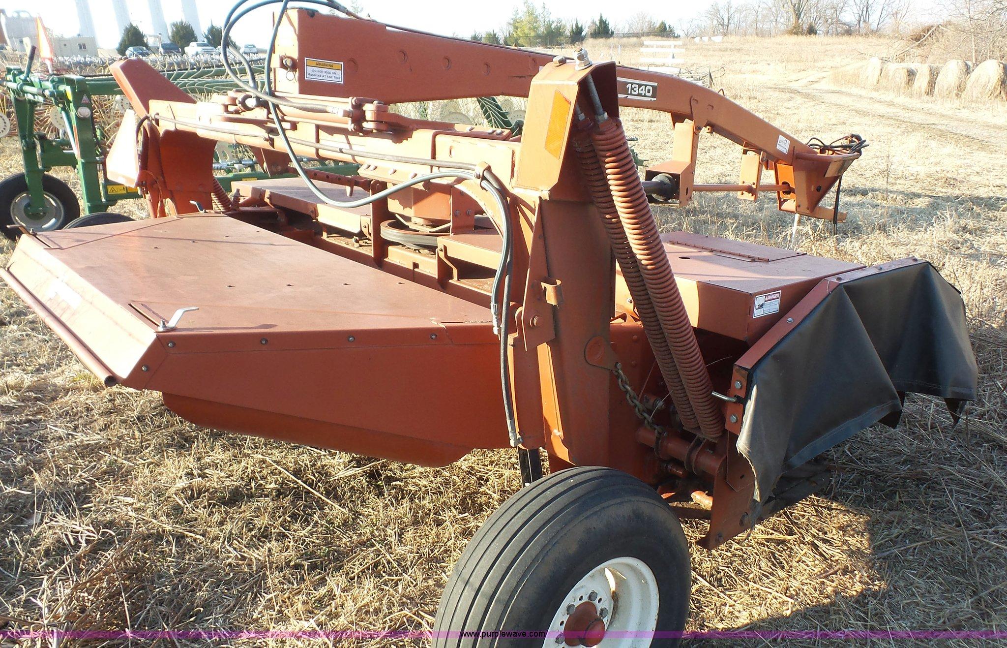 hesston 1340 windrower item j4683 sold march 16 ag equi rh purplewave com hesston 1340 service manual hesston 1340 operators manual