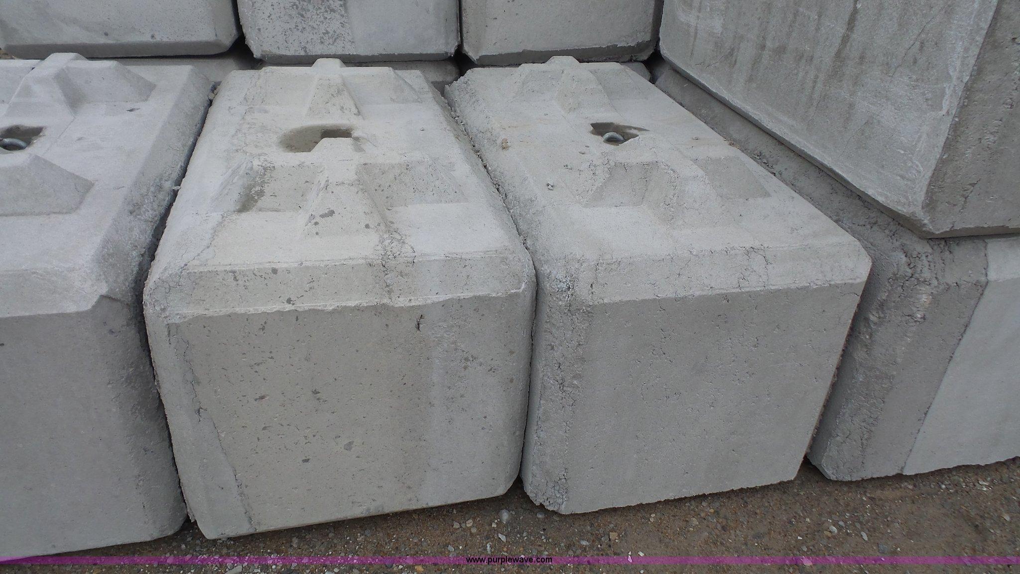 50 Regular Concrete Construction Blocks Item F1137 3
