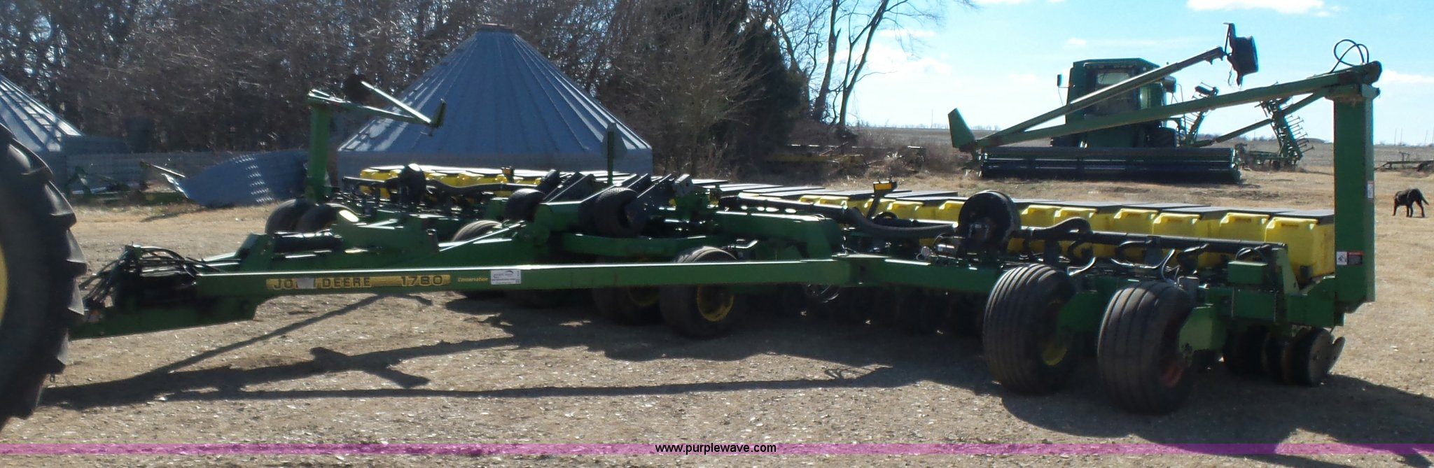 John Deere 1780 Conservation 16 31 Split Row Planter Item