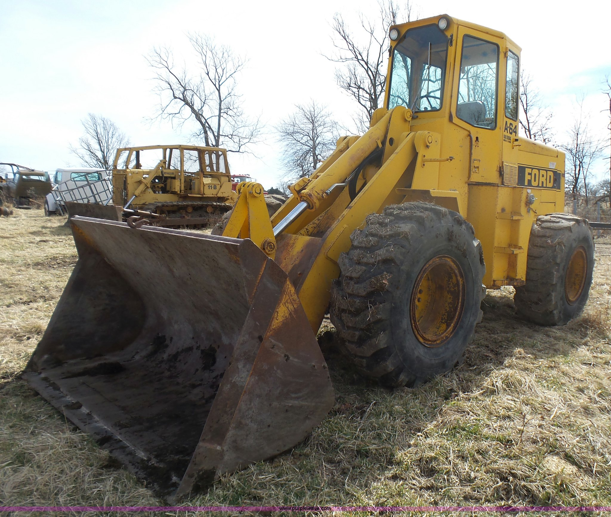 L5426 image for item l5426 ford a64 wheel loader