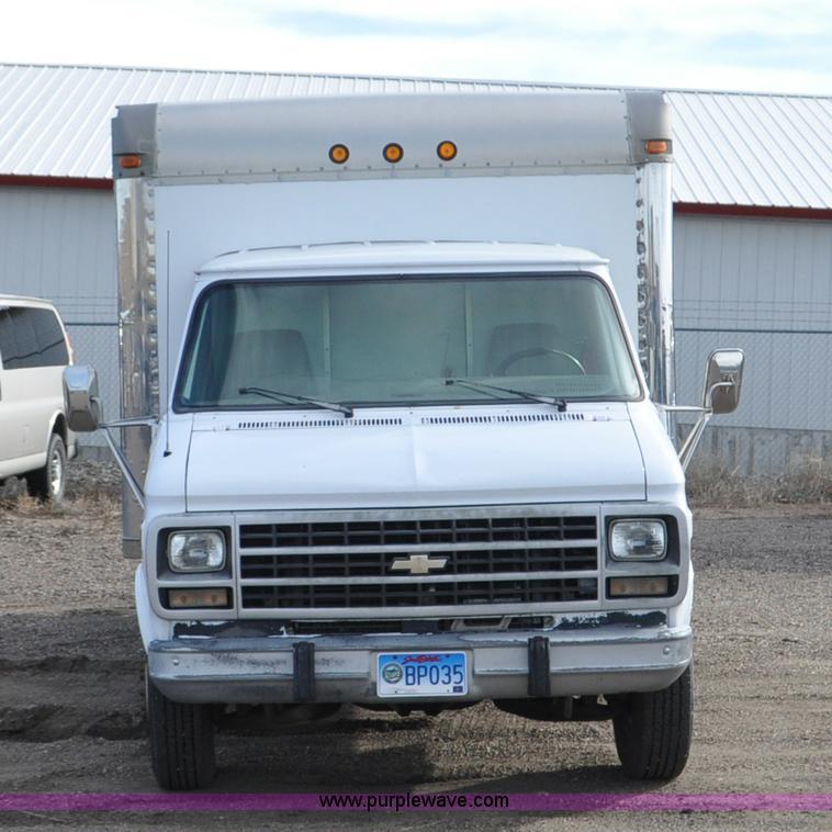 1996 Chevrolet G30 Box Truck