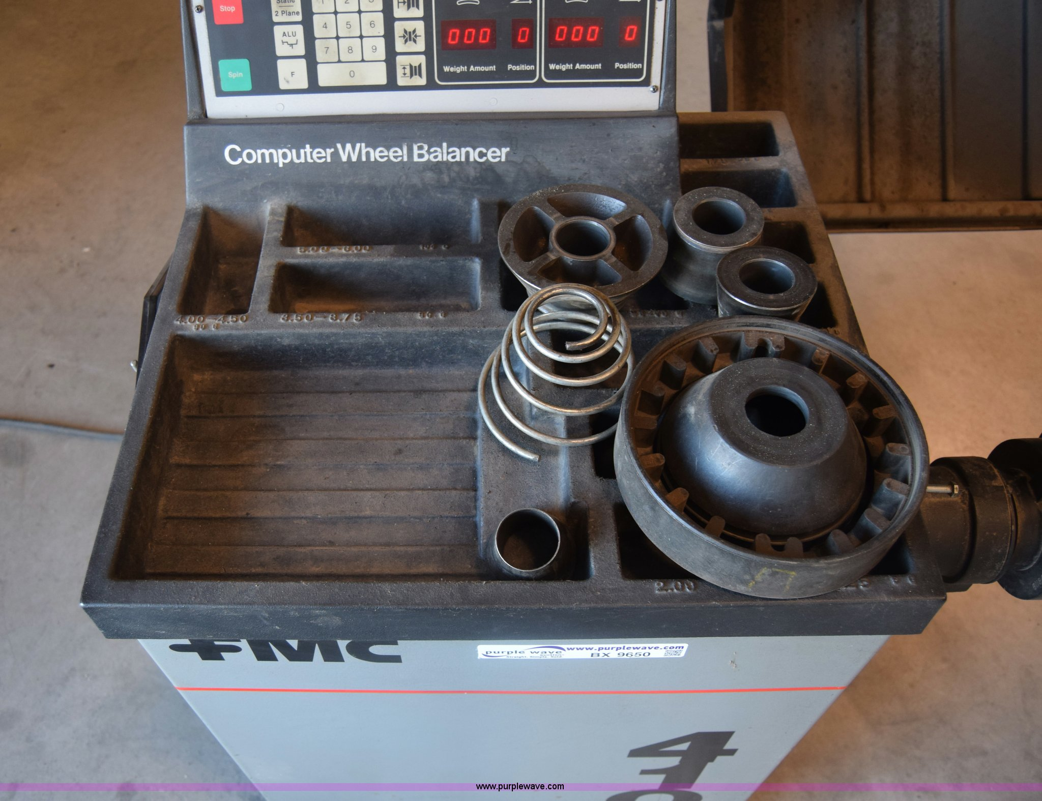... FMC 4100 tire balancer Full size in new window ...