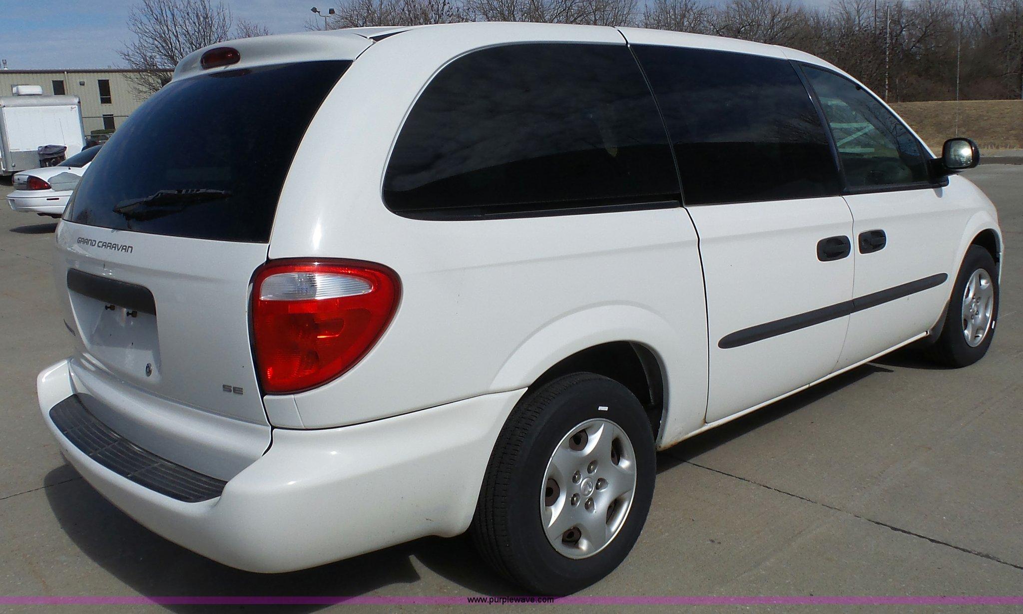 2003 Dodge Grand Caravan Se Van Item L4790 Sold April 5 Full Size In New Window