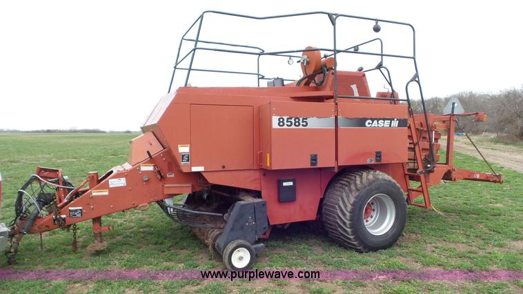 Ag Equipment Auction in Leon, Kansas by Purple Wave Auction
