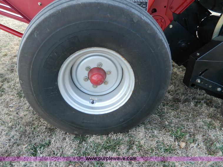 Case IH RBX562 round baler | Item L7348 | SOLD! April 13 Ag