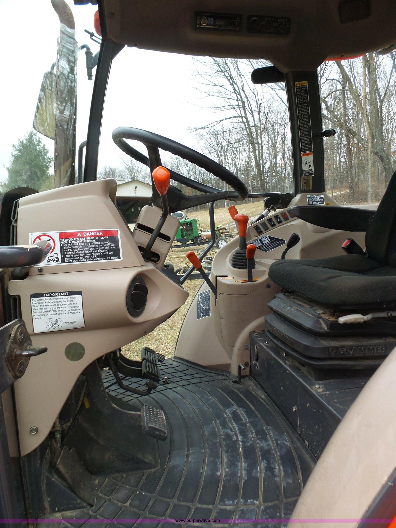 2006 Kubota M9540F tractor | Item K1294 | SOLD! April 13 Ag