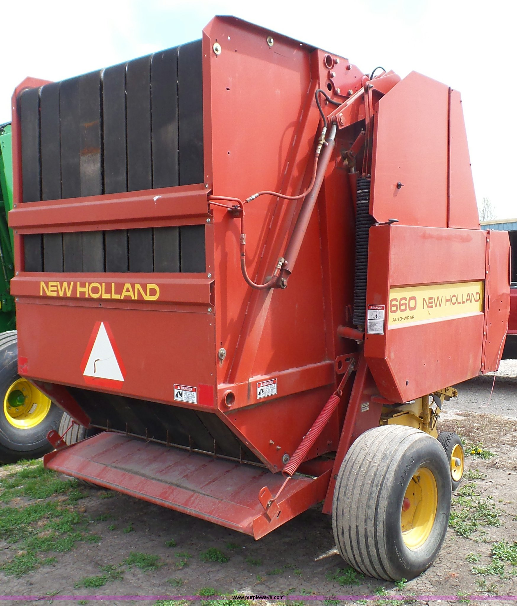 New holland 660 round Baler parts square