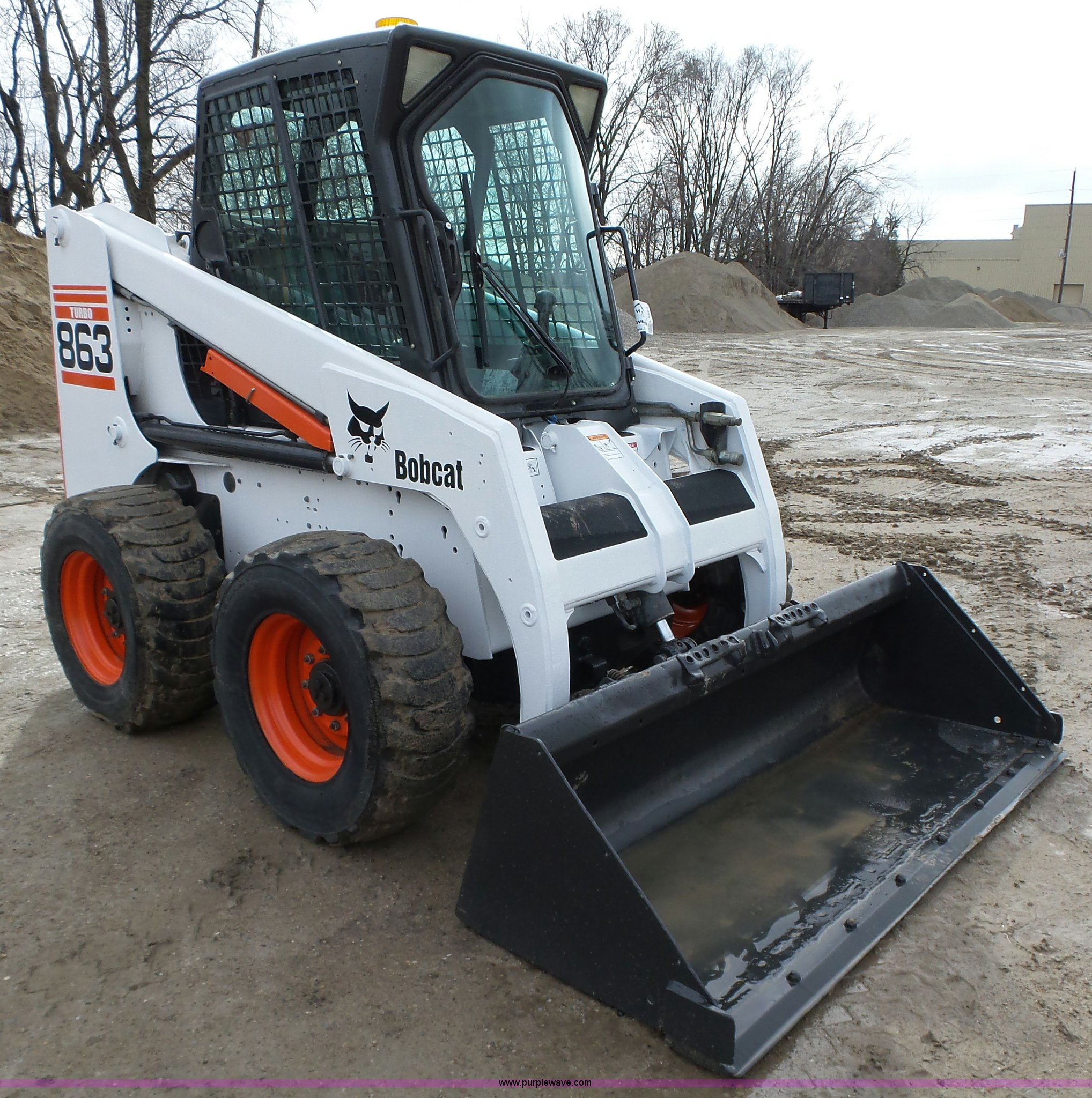 2001 Bobcat 863 Turbo skid steer | Item L5593 | SOLD! April