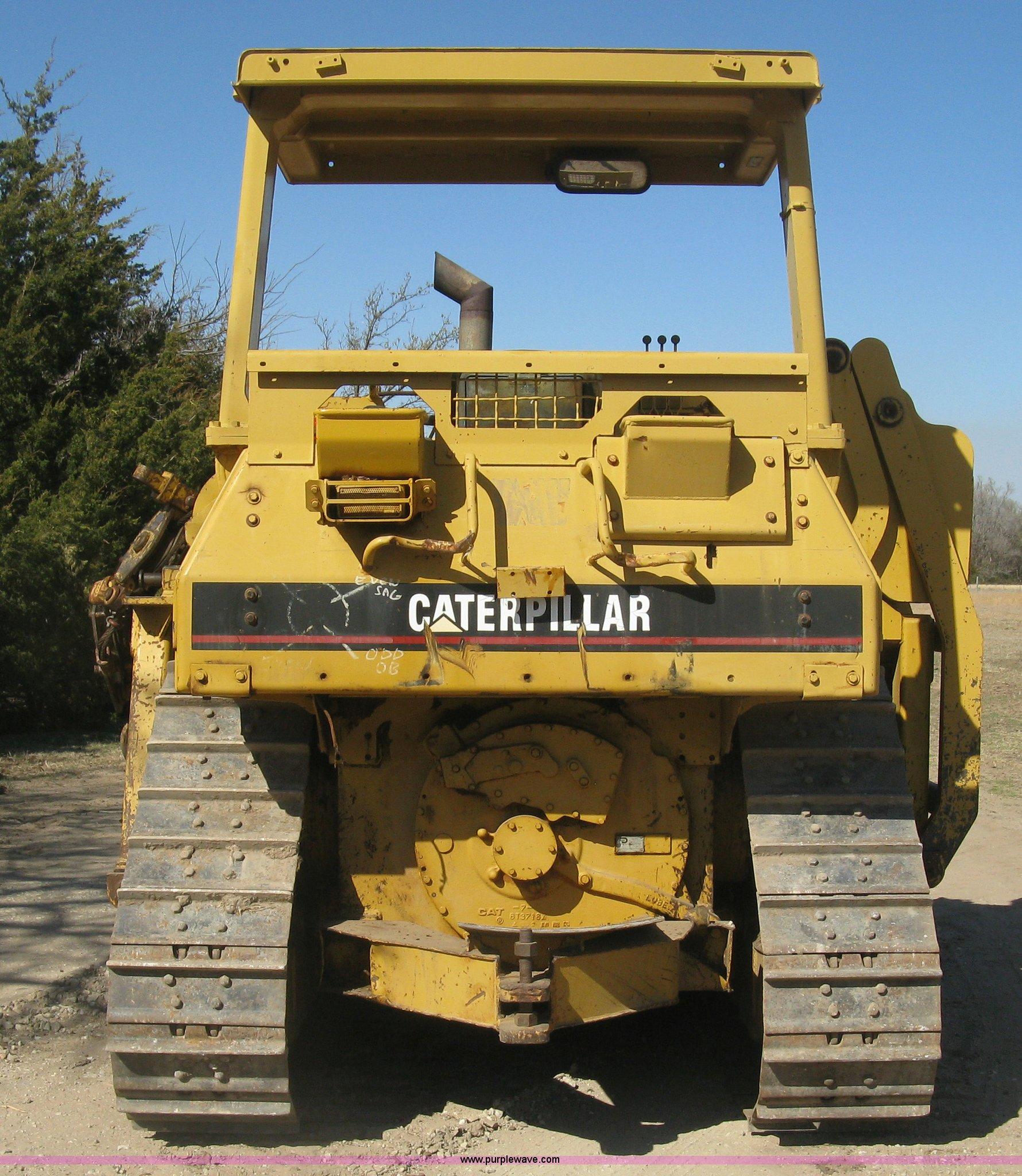Caterpillar D4H pipelayer   Item J2865   SOLD! April 14 JP P