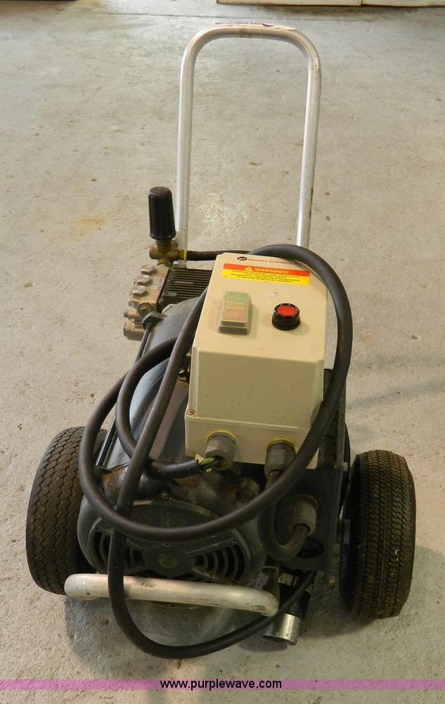 Pressure Pro E Series pressure washer | Item BT9750 | SOLD!