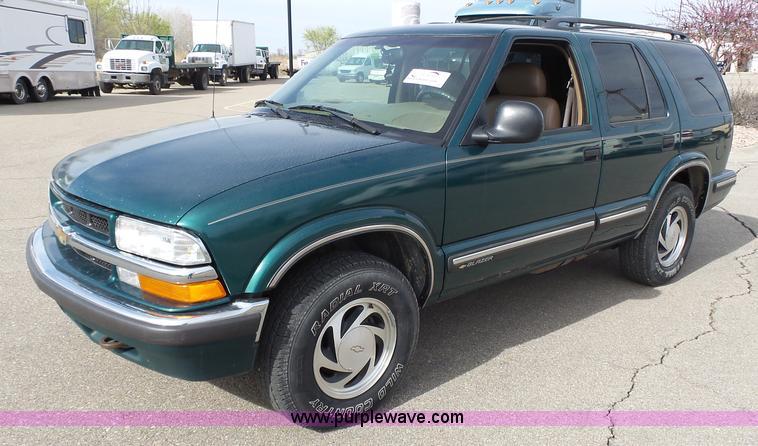 1998 Chevrolet Blazer Lt Suv Item J4223 Sold April 20 V