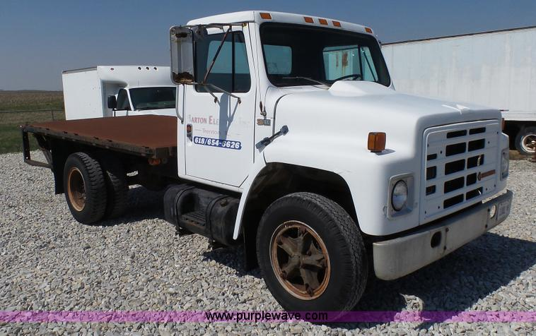 1987 International 1654 flatbed truck | Item L1327 | SOLD! A