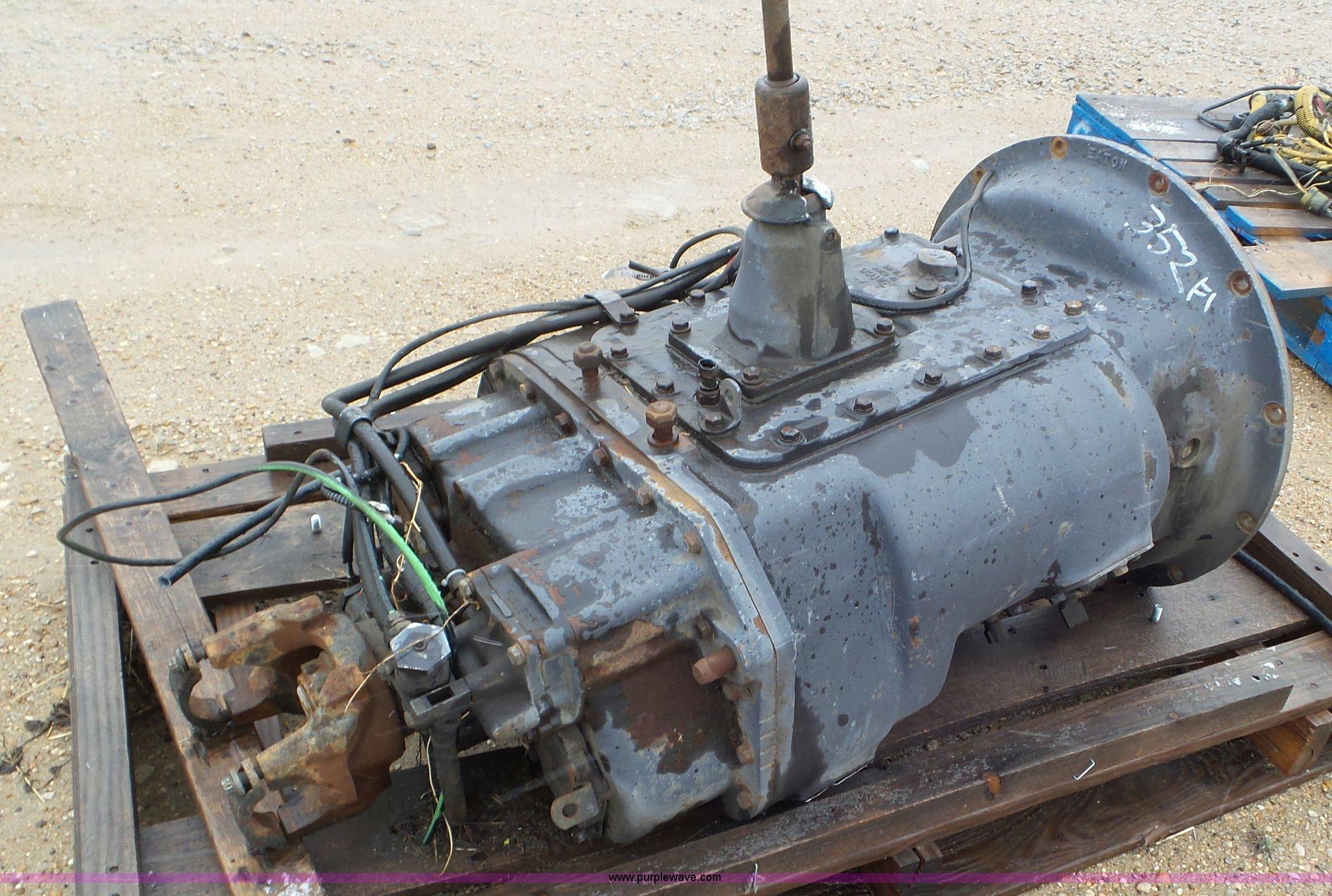 eaton fuller 13 speed manual transmission item av9803 so rh purplewave com eaton fuller 13 speed transmission manual eaton fuller 13 speed manual