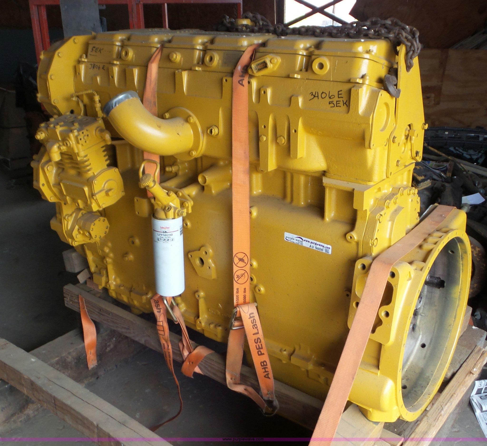 Caterpillar 3406E six cylinder diesel engine | Item AV9808 |