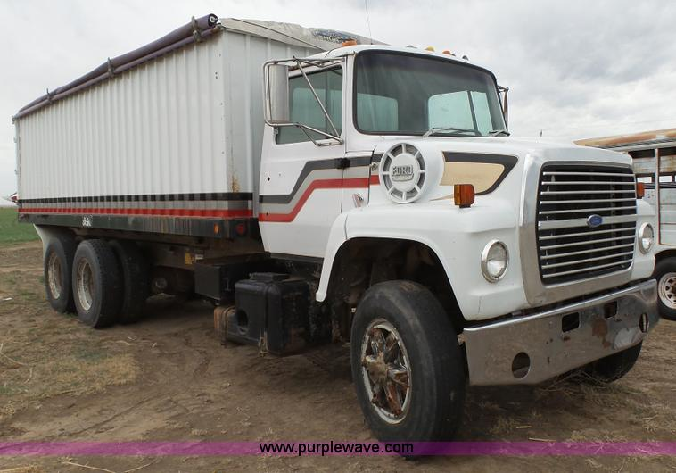 Grain Trucks For Sale >> 1980 Ford 9000 Grain Truck Item L2205 Sold April 27 Ag